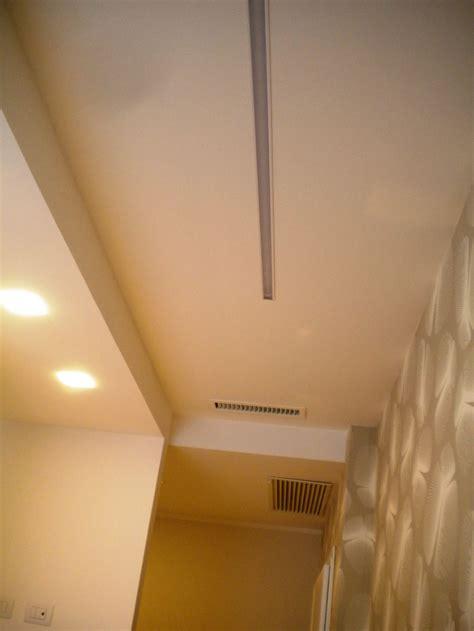 cartongesso soffitto con faretti estetico con luce riflessa if with cartongesso