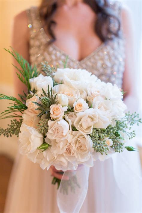 best 104 white wedding bouquets images on weddings villas white roses and calla