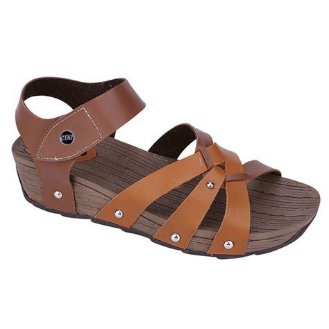 Sepatu Sandal Wedges Tali Karet Wanita Fa02 Promo sandal wedges tali wanita ab 061 elevenia
