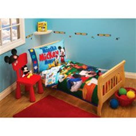 mickey mouse clubhouse bedroom set amazon com disney mickey mouse clubhouse toddler bedding