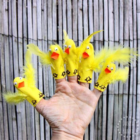 rubber st craft ideas five ducks and finger puppets danya banya