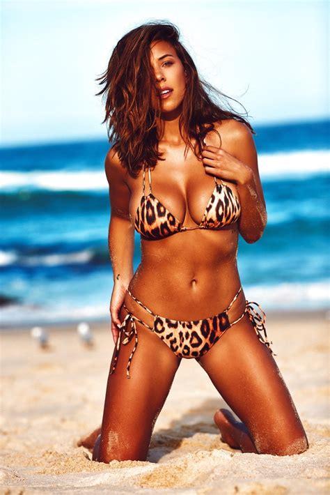 a bikini a day your daily bikini dose by natasha oakley and devin brugman