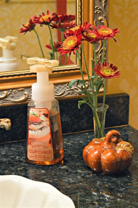 thanksgiving bathroom decor 17 best images about fall season crafts on pinterest