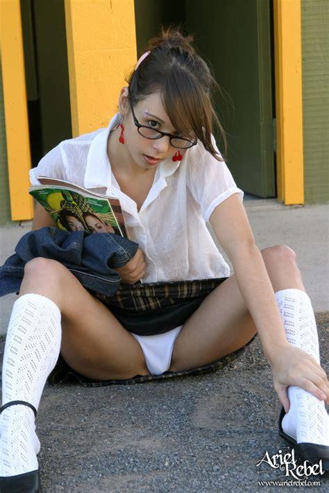 young girl up shorts white flash panties pinterest schoolgirl white