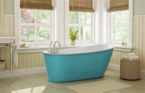 Farbige Badewannen by Freistehende Badewanne Im Modernen Badezimmer