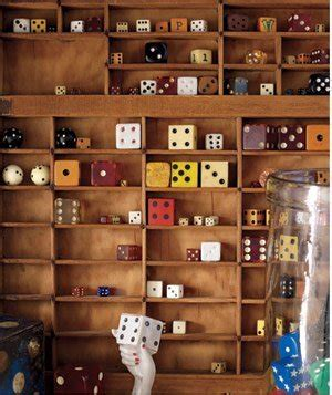 show small objects like dice matchboxes or dollhouse miniatures in a divided