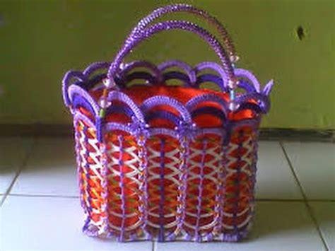 cara membuat tas rajut dari rafia cara membuat tas dari bibir gelas bekas minuman youtube