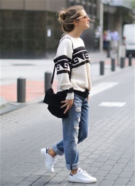 Sepatu Wanita Adidas Stansmith Casual Sneaker White Black 36 40 sporty casual style looks just trendy