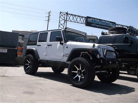 jeep lifted 6 inches jk jeep 6 inch lift kit 2007 2017