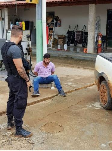 polcia civil prende jovem que comercializa armas pelo whatsapp pol 237 cia civil prende criminosos recupera ve 237 culos e