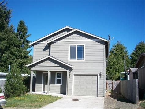 houses in lincoln city 636 se port ave lincoln city oregon 97367 detailed