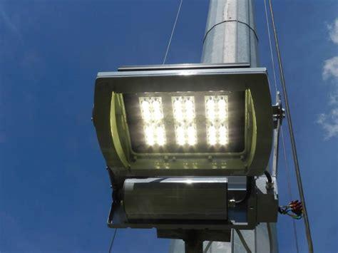 torri faro illuminazione illuminazione di torri faro proiettori led e calcoli
