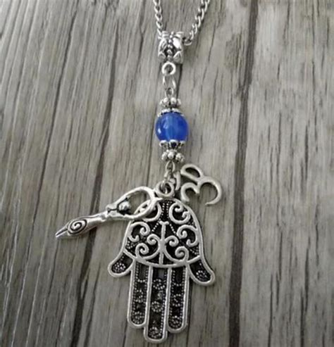 Charm Mix 10pcs fashion vintage hamsa symbol fertility goddess