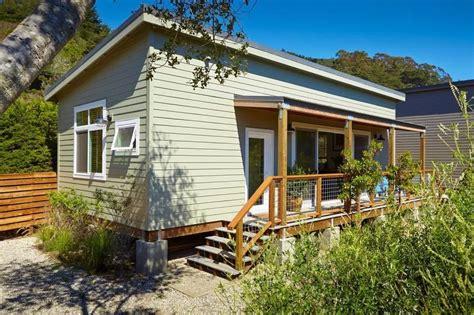 beach cabin  california