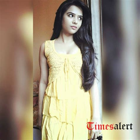 bollywood actress real height list actress richa saxena biography photos images height family