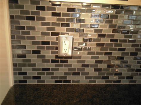 glass tile for backsplash in kitchen atlanta kitchen tile backsplashes ideas pictures images