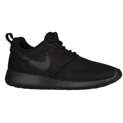 Nike Roshe Run Flyknit Fullblack nike roshe one boys grade school casual shoes