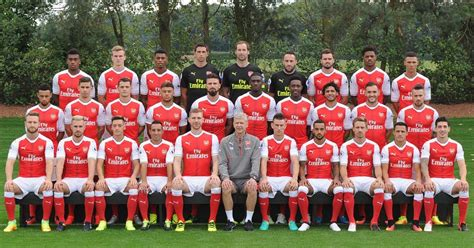 arsenal photography welbeck s crocked coquelin s grumpy and santi s short 7