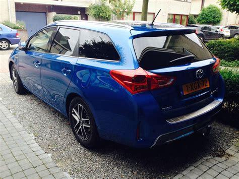 toyota auris hybrid review 2014 toyota auris touring sports 1 8 hybrid lease plus 2014