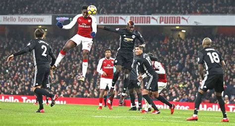 arsenal united manchester united blitz arsenal with two quick fire goals