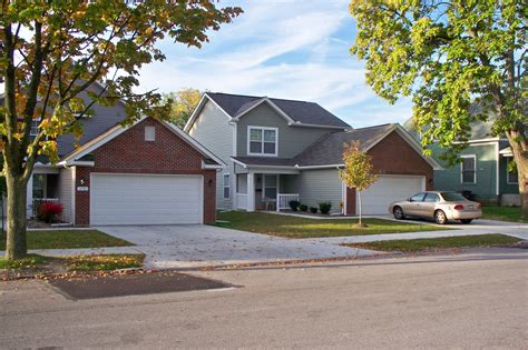section 8 houses for rent in dayton ohio autumn wood village single family rentals in toledo oh