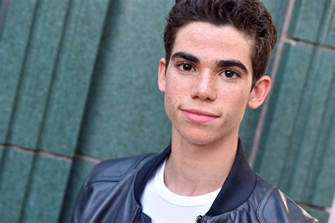 Cameron With by Is Cameron Boyce Letting His Hair Grow Twist