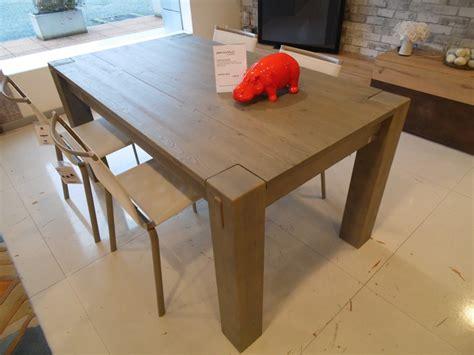 tavolo alta corte stoccolma prezzi outlet