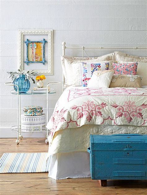 vintage themed bedroom 17 best ideas about vintage bedroom decor on pinterest vintage room vintage room