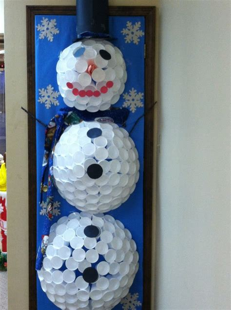 Snowman Door Decorations by Styrofoam Snowman Door Decorating Contest Door