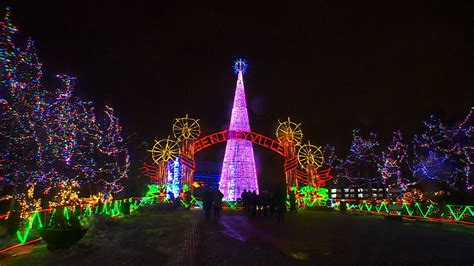 2018 christmas display lights in tewksbury ma duluth lights awesome singapore light ups on orchard road ideas 2018