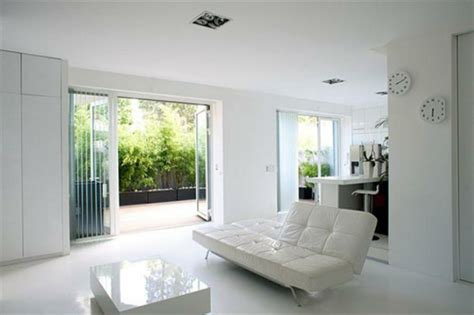 Zen Minimalist Living Room Design Int 233 Rieur D Un Blanc Immacul 233 Design Feria