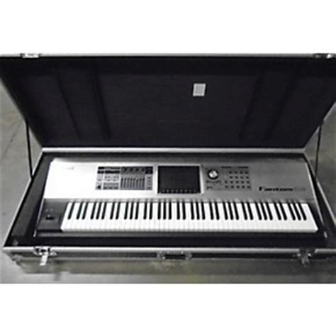 Keyboard Roland Fantom G8 used roland fantom g8 88 key keyboard workstation guitar center