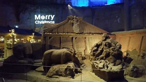 a day trip to the valkenburg caves at christmas travel