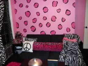 zebra bedroom decorating ideas diary lifestyles fashionable hangout lounge