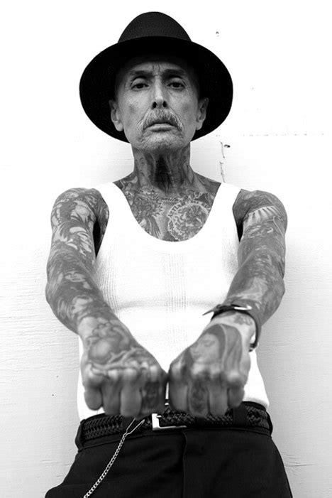 black and grey tattoo marisa kakoulas black grey tattoo cool hunting