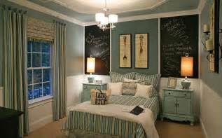cottage guest bedroom with chalkboard paint amp painted wood