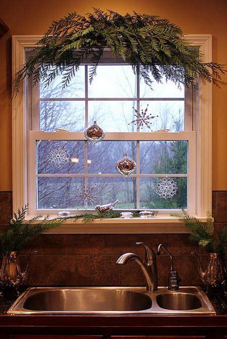 window decoration 25 best ideas about window decorations on