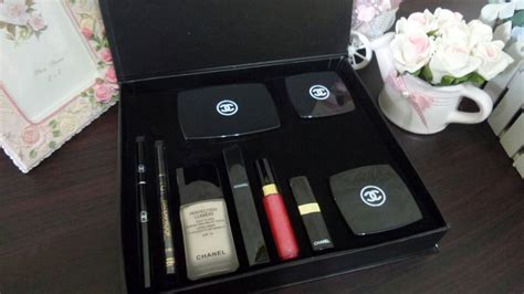 Harga Chanel Eyeshadow chanel set box lengkap chanel cosmetics