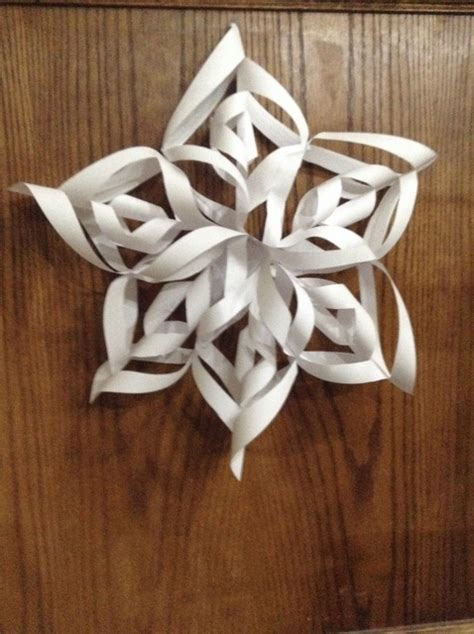 how to make a beautiful 3d paper snowflake snapguide