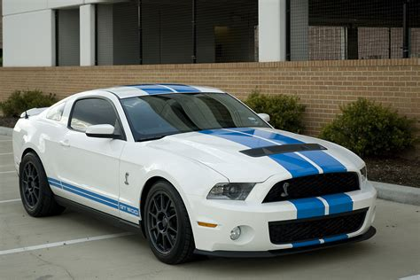 2010 ford mustang shelby gt500 coupe 1 4 mile drag racing