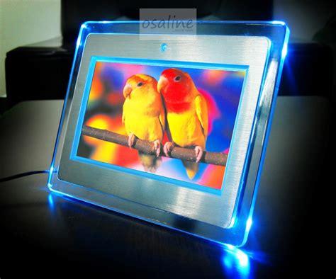 bilderrahmen mit led beleuchtung digitaler bilderrahmen 7 quot aluminium geb 252 rstet mit led