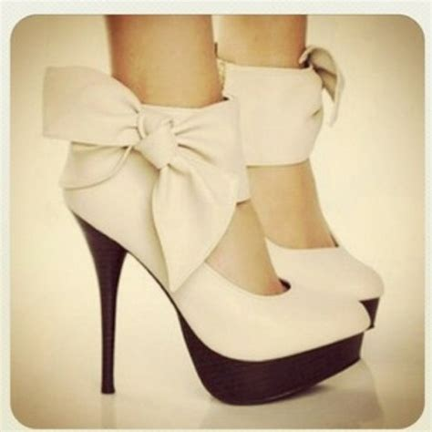 white high heels with bow shoes bow heels heels white shoes high heel pumps