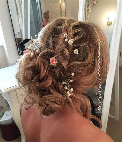 50 irresistible hairstyles for brides and bridesmaids 40 irresistible hairstyles for brides and bridesmaids