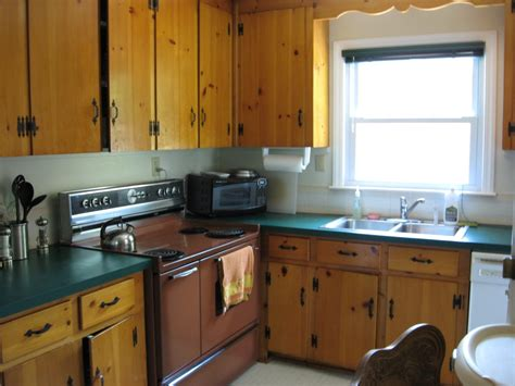clear pine kitchen cabinets dark knotty pine kitchen cabinets quicua com