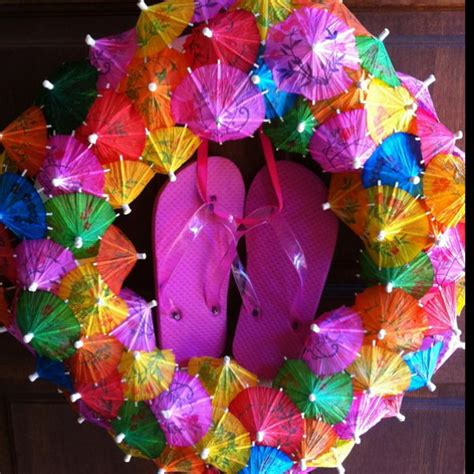 summer decoration ideas to make your own for your garden 10 diy flip flop wreath decorating ideas hative