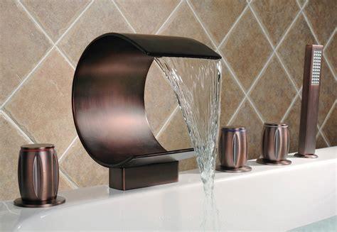 gruppo rubinetti vasca da bagno elegante acqua a cascata rubinetteria vasca da bagno