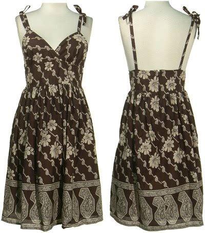 Anting Cewek Bulat Tree Fashion Trendy century trend clothes fashion batik kini menjadi trend