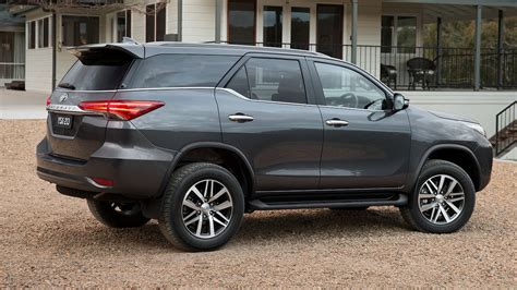 fortuner specs 2016 toyota fortuner features specifications brochure