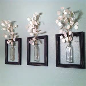 Home Decor Frames by 41 Diy Ideas To Brilliantly Reuse Old Picture Frames Into