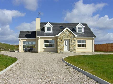 dormer bungalow detached dormer bungalow for 8 burtonport county donegal